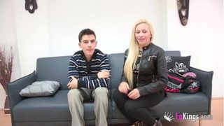 Rich Spanish blonde wants to fulfill her fantasy of fucking Jordi
