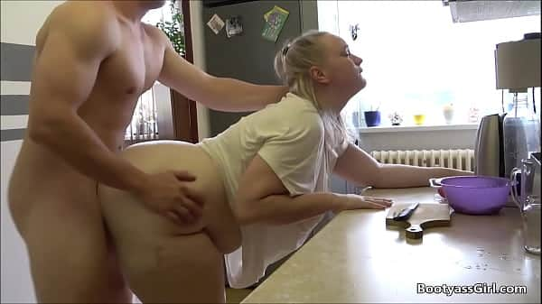 Wife fucked in the kitchen while preparing dinner